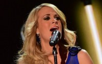Carrie Underwood performs at the ACCAs 2014