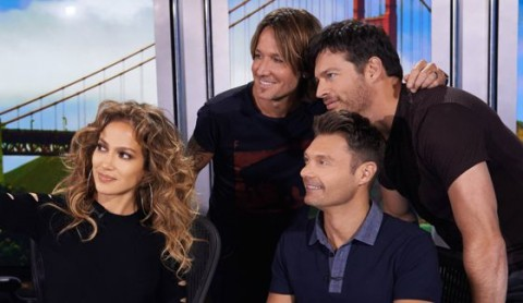 American Idol 2015 Judges pose with Ryan Seacrest
