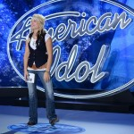 Cindy Jo Scholer performs on American Idol