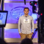 American Idol 2015 Hopefuls prepare to audition - 03