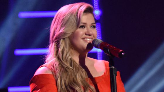 Kelly Clarkson returns to American Idol 2016
