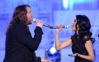 Sonika Vaid & Caleb Johnson duet on American Idol