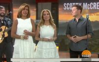 Scotty McCreery sings on TODAY Show